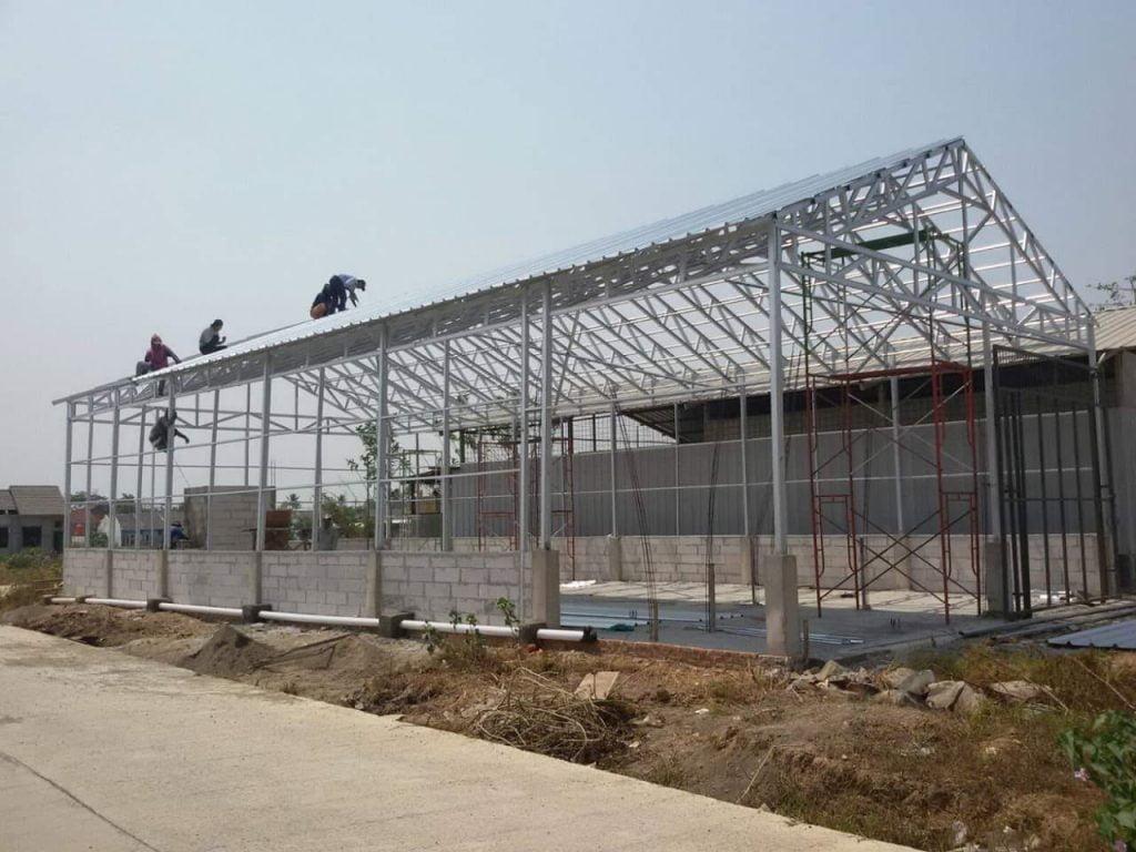 gudang rangka atap baja ringan