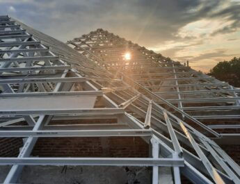 rangka atap baja ringan